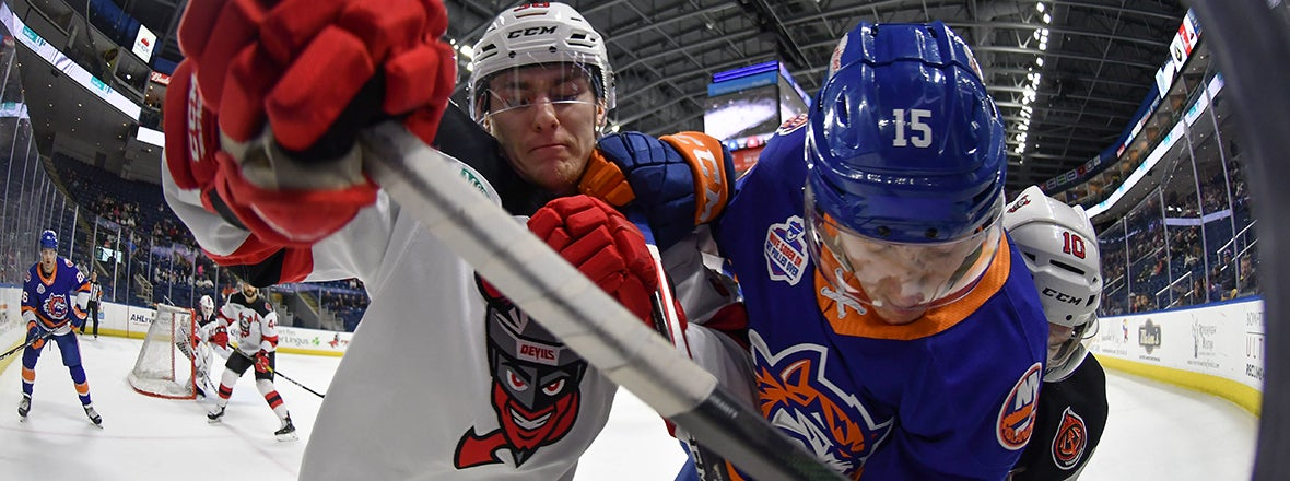 Sound Tigers Edged by Devils 1-0